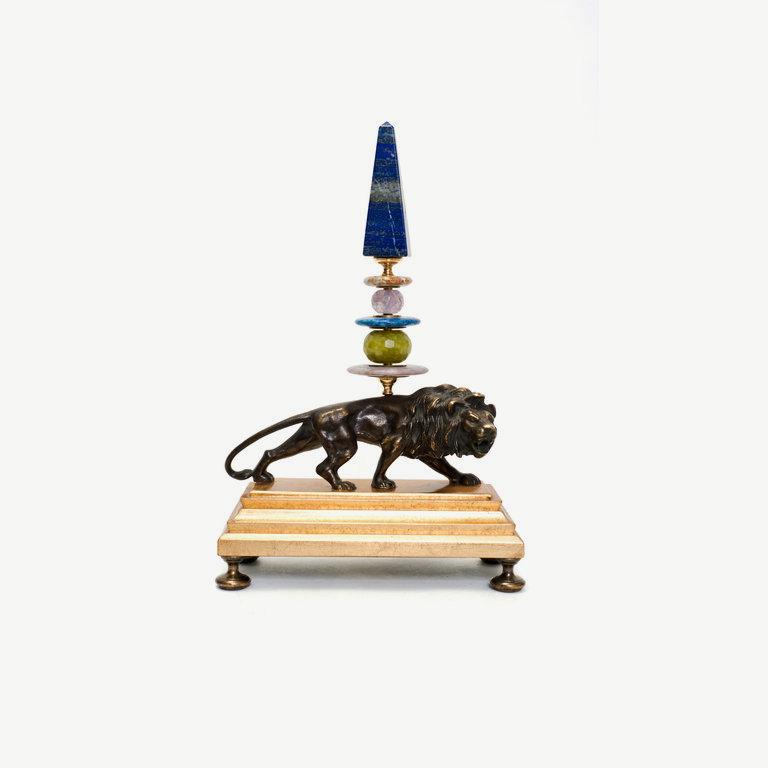 Lion, bronze, lapislazuli obelisk - 28cm