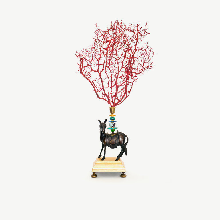 Horse, red painted seafan - 66 cm