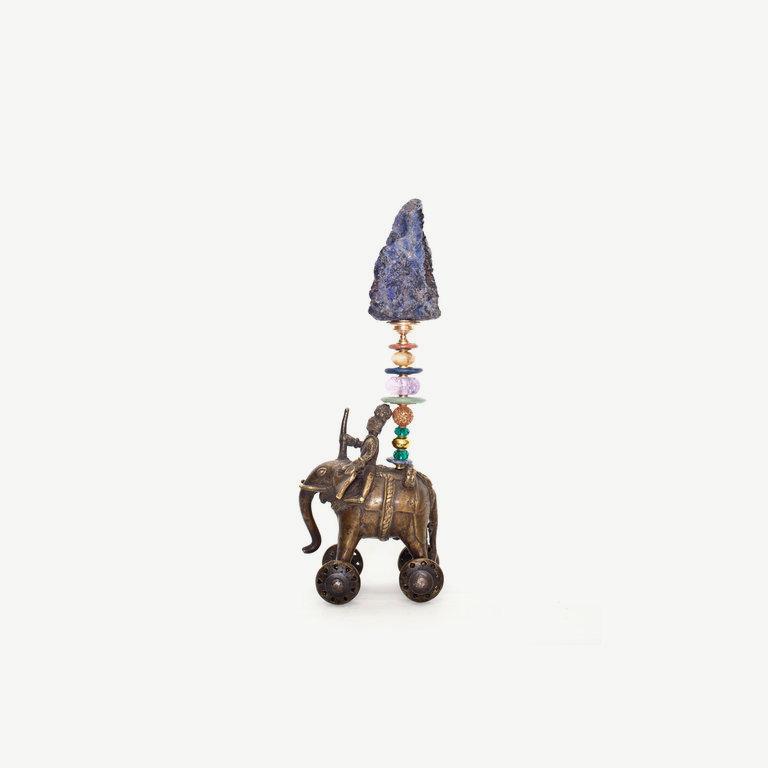 Elefant with mahut, lapislazuli natur top - 34cm