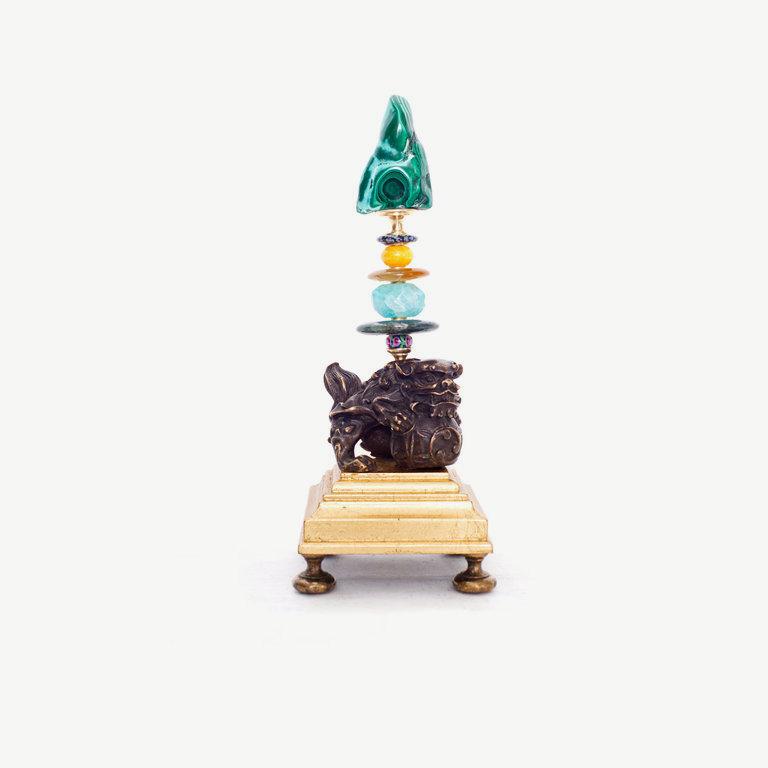Fu dog, malachit obelisk - 22cm
